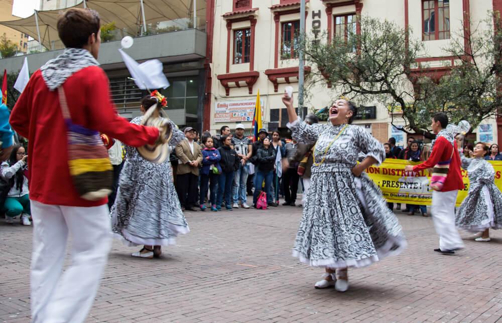 ¡La paz sí es contigo! armó un carnaval en Bogotá