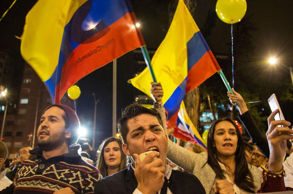 En imágenes: así se vivió en Bogotá el anuncio del fin de las conversaciones de paz