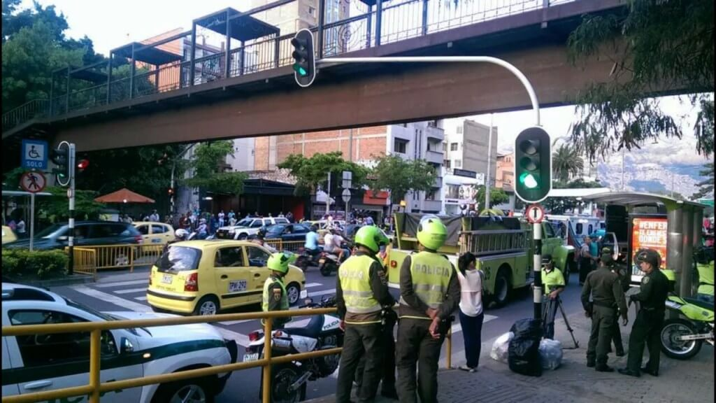 Petardo en Medellín, ¿incumplimiento del cese o acción desorientadora?