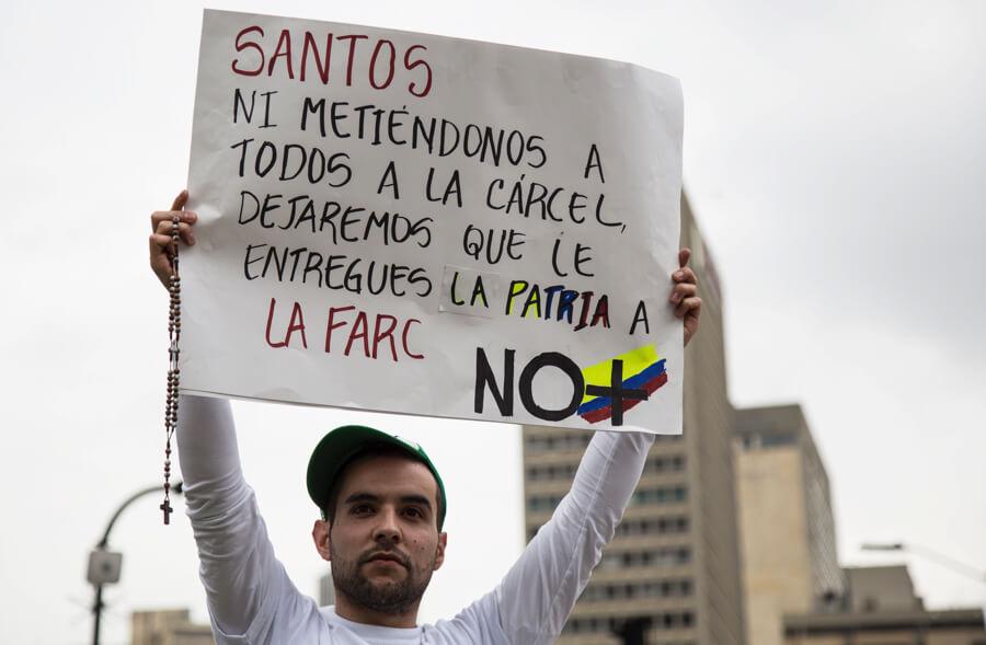 ¿Por qué los colombianos odian más a las Farc que a los paramilitares?