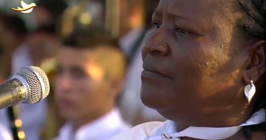'Pastrana es responsable de la masacre y no fue solidario con nosotros': alabaora de Bojayá