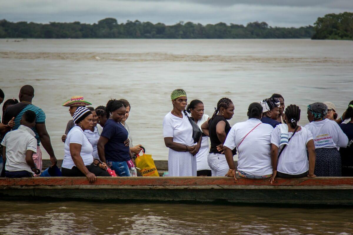 Tres cartas de colombianas anónimas para abrazar a Bojayá
