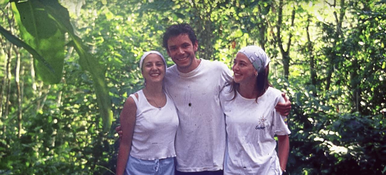 El campamento de la Universidad de los Andes que convivió en la selva con las Farc