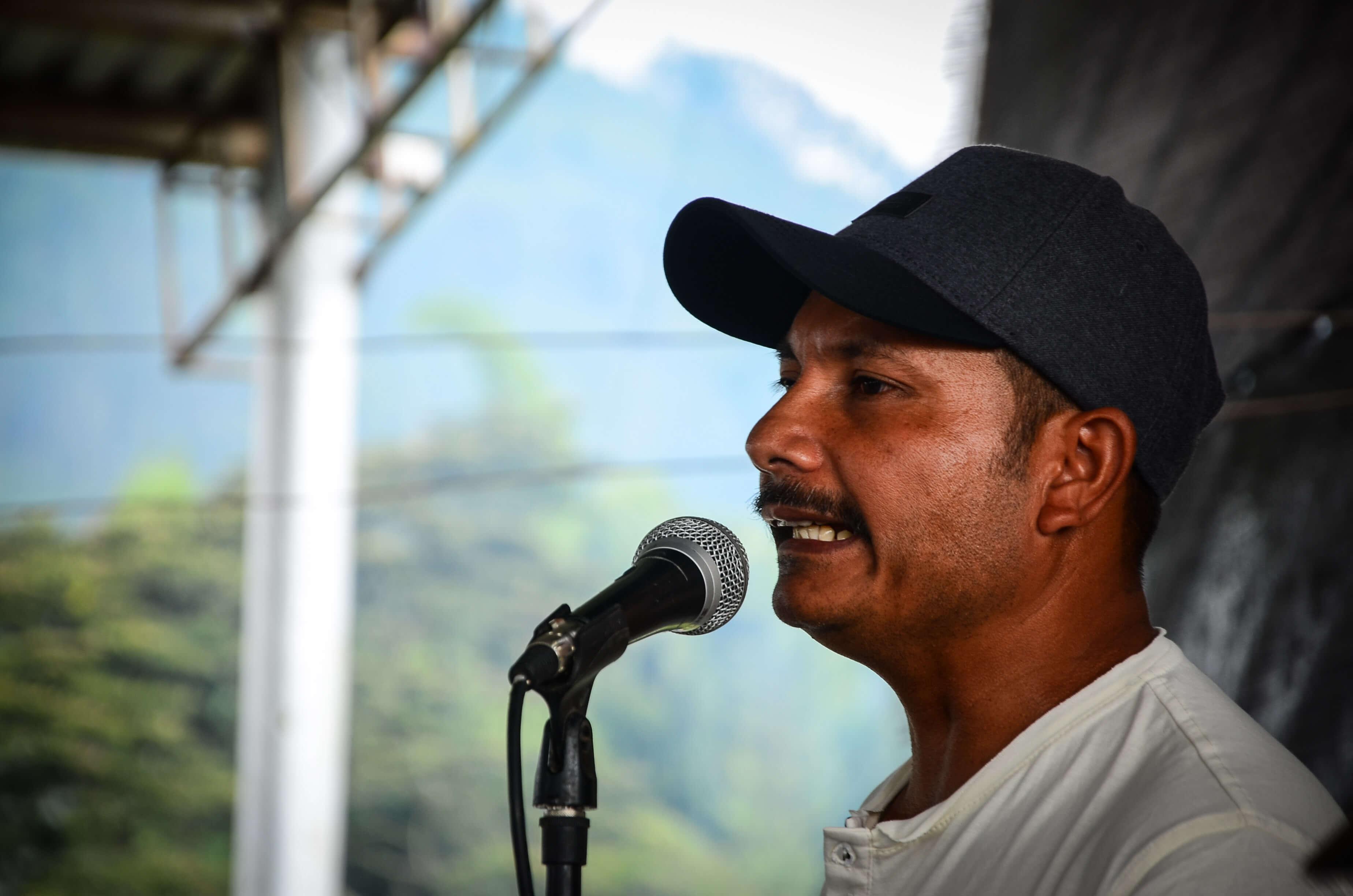 """""""A Colombia no tenía por qué haberle pasado esto"""": comandante del sexto frente de las Farc"""