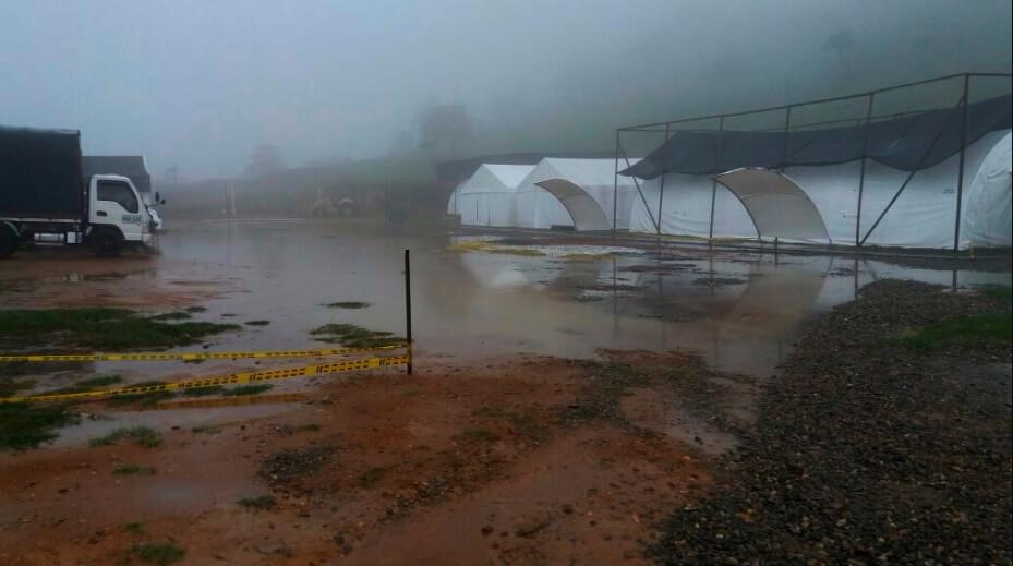 Comida, retrasos e inundaciones: los primeros líos de las Zonas donde se concentrarán las Farc