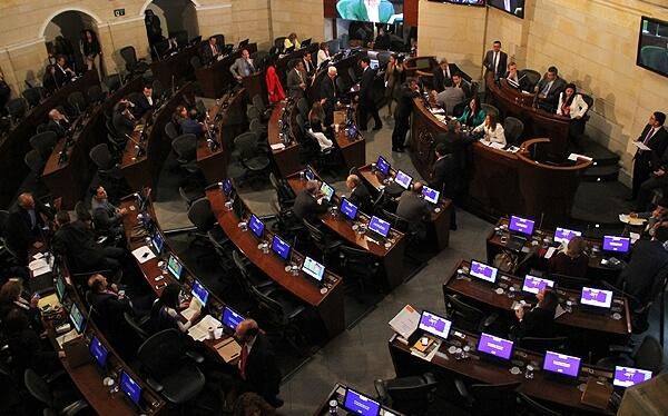 Día D+8 a D+14: la ley de amnistía llegó al Congreso y comenzaron los indultos