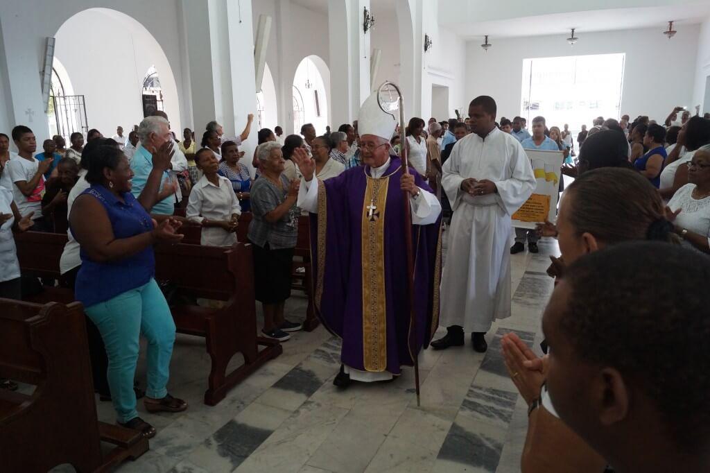 El cura que puso a Buenaventura en el radar del Papa Francisco