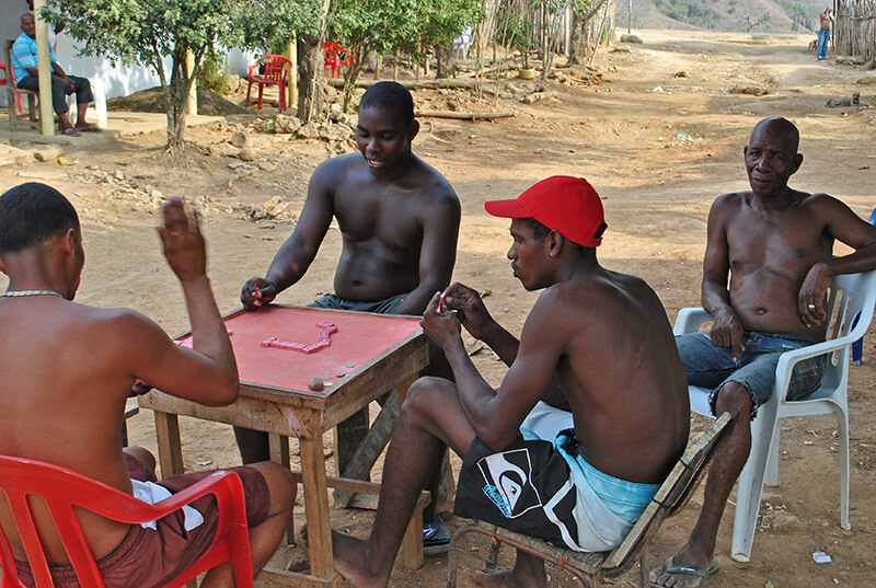 El agarrón entre afros que tiene frenada la reparación de Palenque