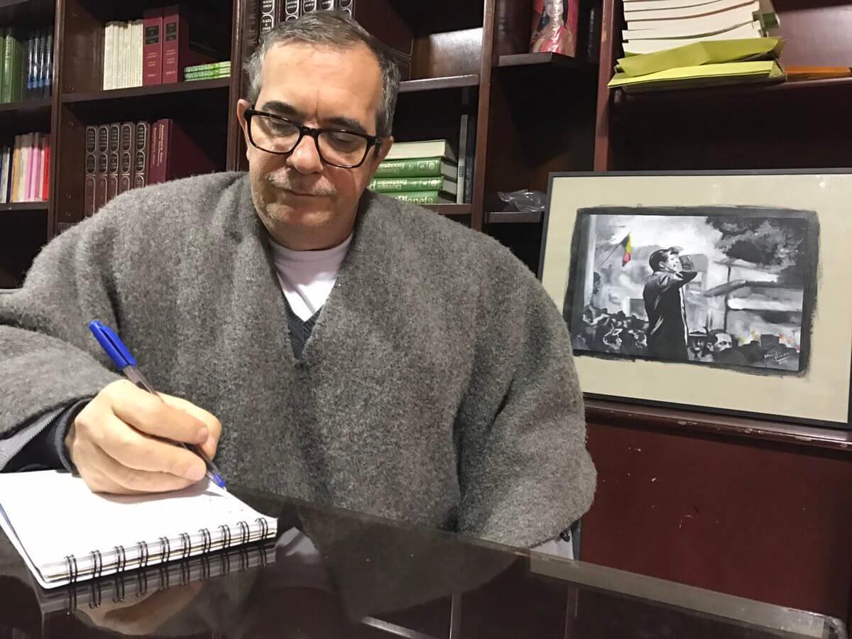 El incómodo silencio de Rodrigo Londoño frente al caso Santrich
