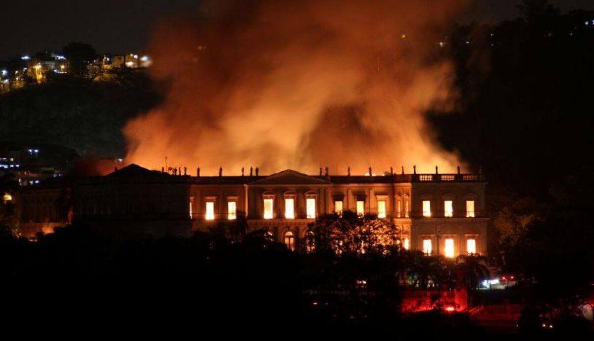 ¿Por qué el incendio del Museo de Río debería unirnos?