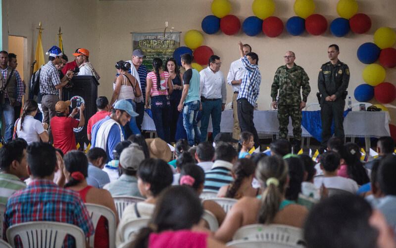El Gobierno les entregó 7 mil millones a 90 familias de una Zona de Reserva Campesina en el Caquetá