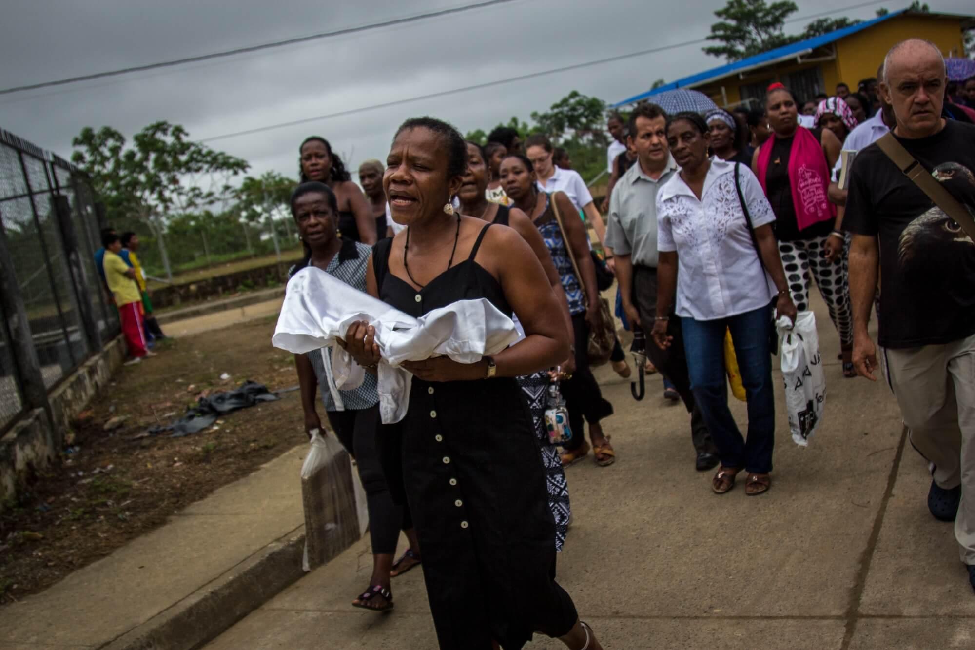 El conflicto regresa a Bojayá: el fin de semana los Urabeños desplazaron a 80 indígenas