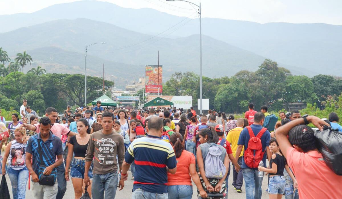 Venezolanos en Colombia: una situación que se sale de las manos