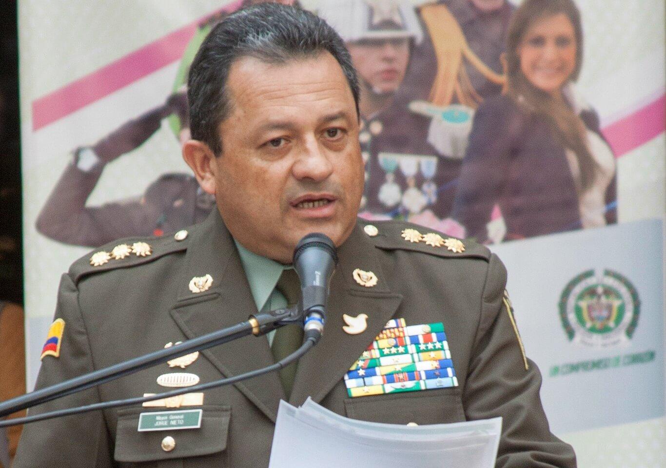 ¿La paloma que usó el General es de la paz o de Santos?