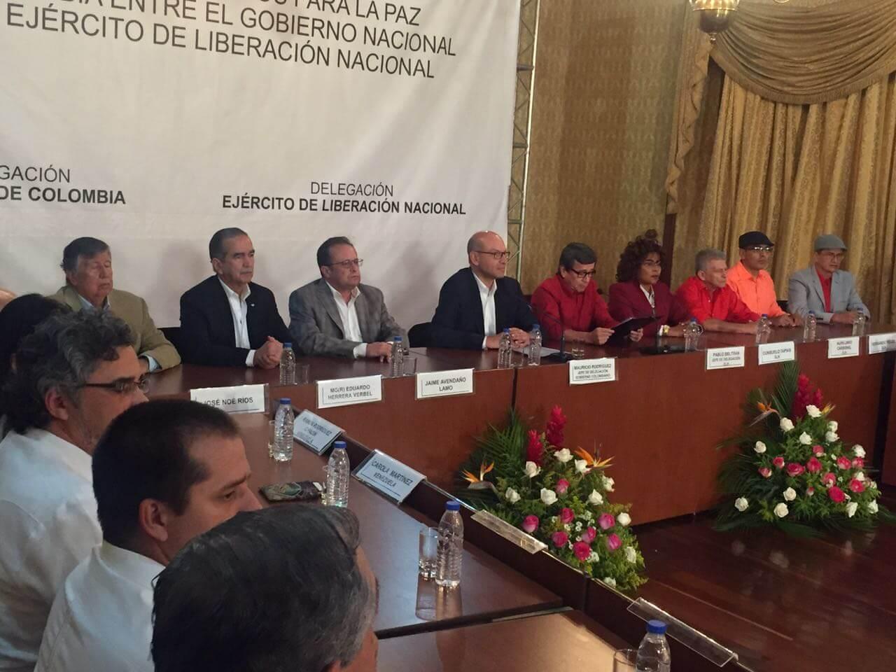 En dos semanas, el Gobierno y el ELN se sentarán a negociar la paz