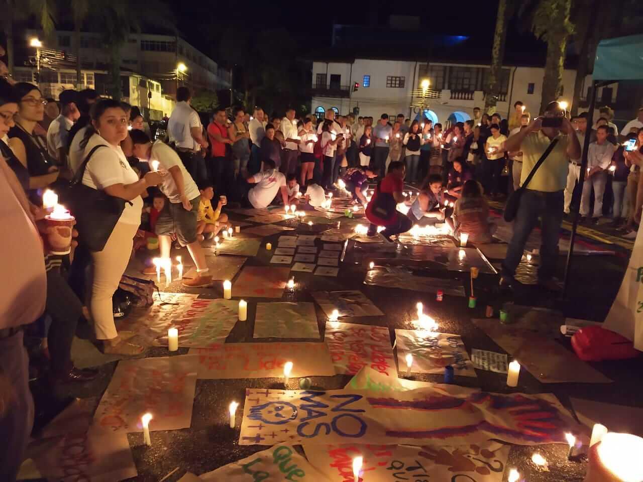 Velatón: así fue la manifestación en contra del asesinato de líderes sociales