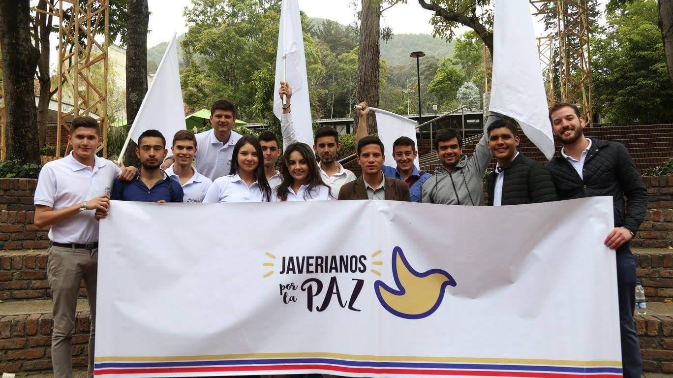 El grupo de universitarios que combate el 'importaculismo' juvenil por la paz