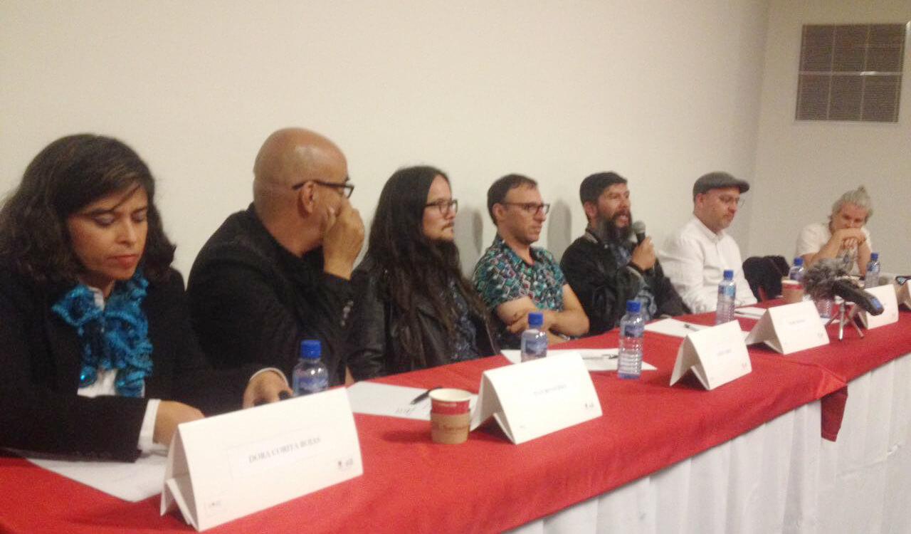 Las diez frases sobre la paz que nos dejó el conversatorio de artistas del Festival Centro