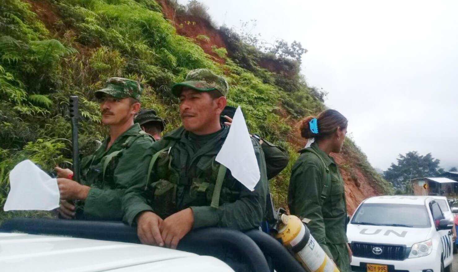En imágenes: La guerrilla más antigua de mundo camina hacia la vida sin armas