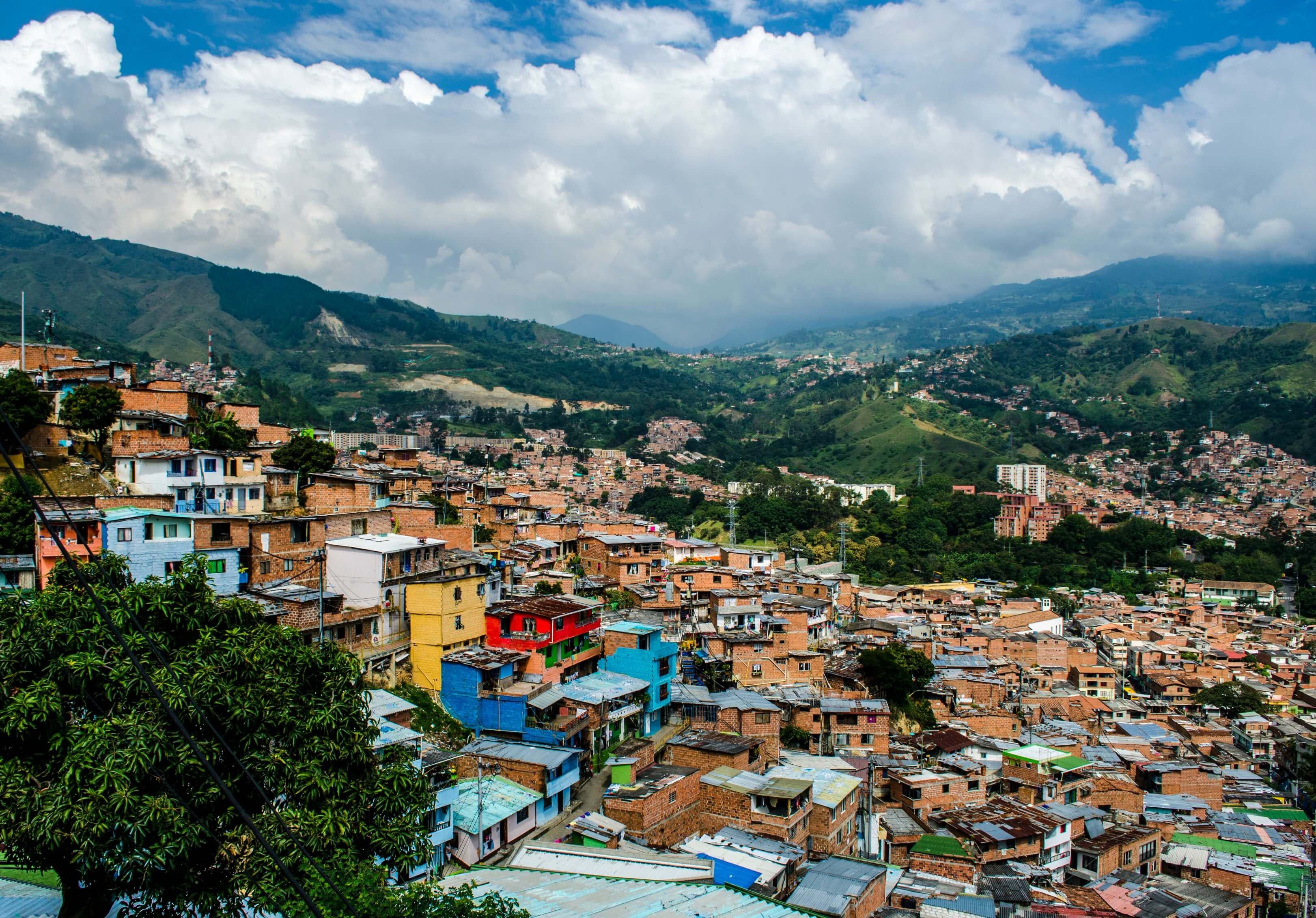 Las dos iniciativas juveniles que le hacen frente a la violencia en Medellín