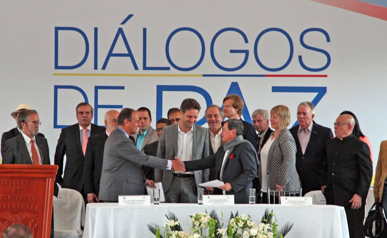 Las seis claves de lo que dijeron el Gobierno y el ELN hoy en Ecuador