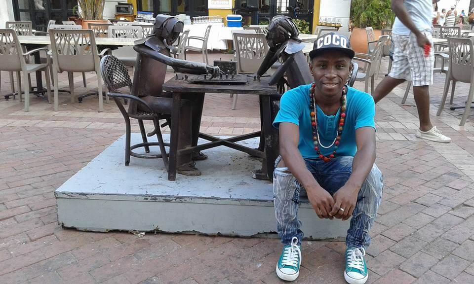Las diez canciones del rapero que le cantó la tabla a Uribe en Buenaventura