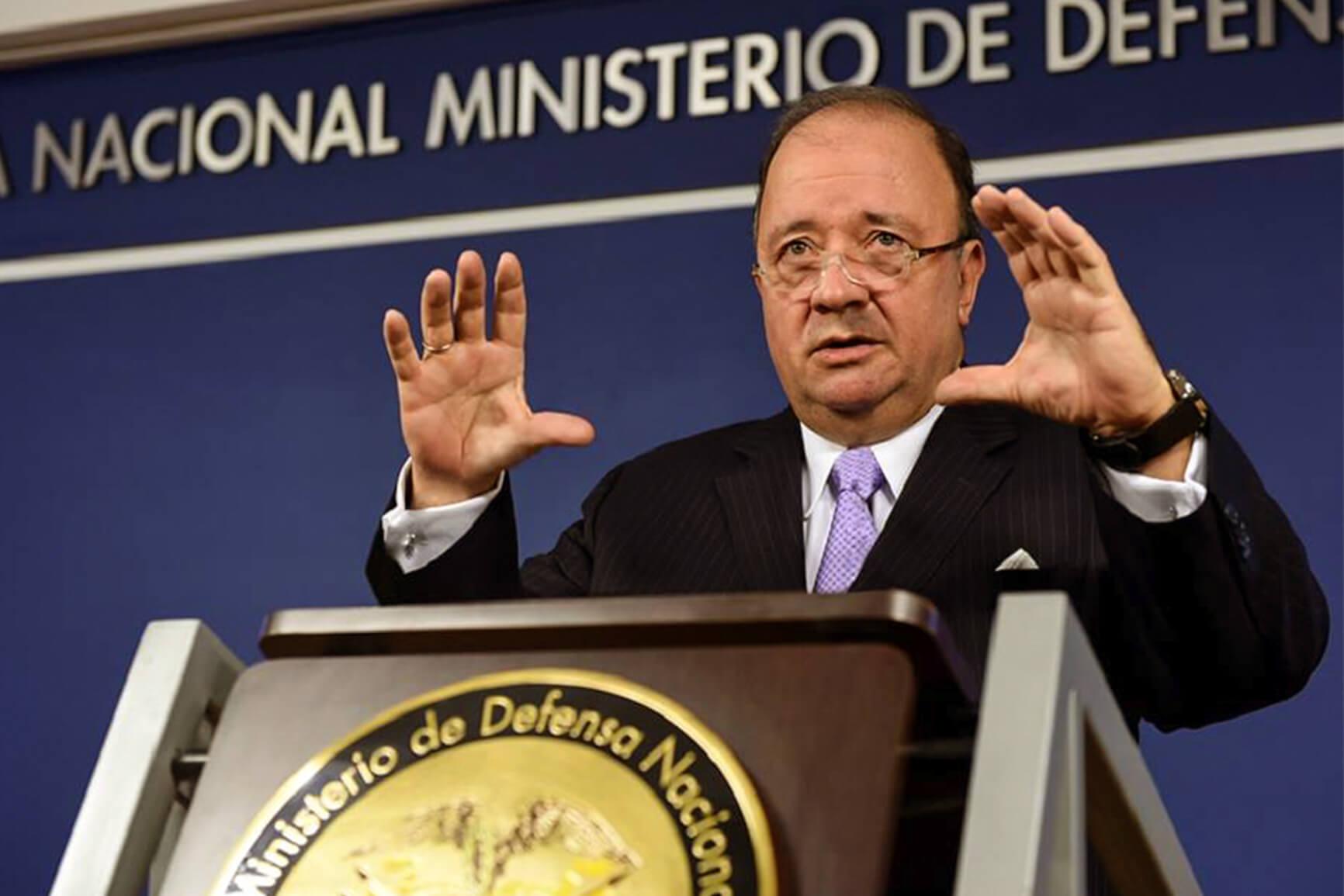 Ministro Villegas, usted está muy equivocado con los líderes sociales