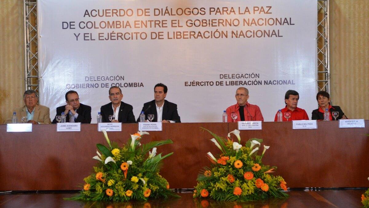 Arrancar por el tema humanitario: ¿una solución para destrabar la mesa con el ELN?