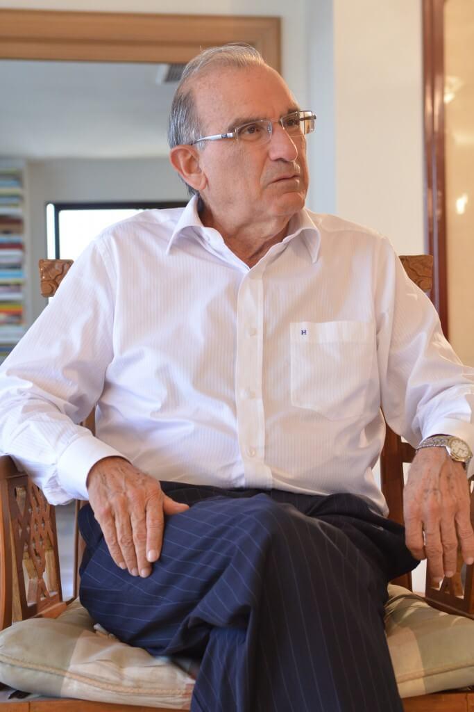 La primera entrevista con Humberto De la Calle y sus dilemas