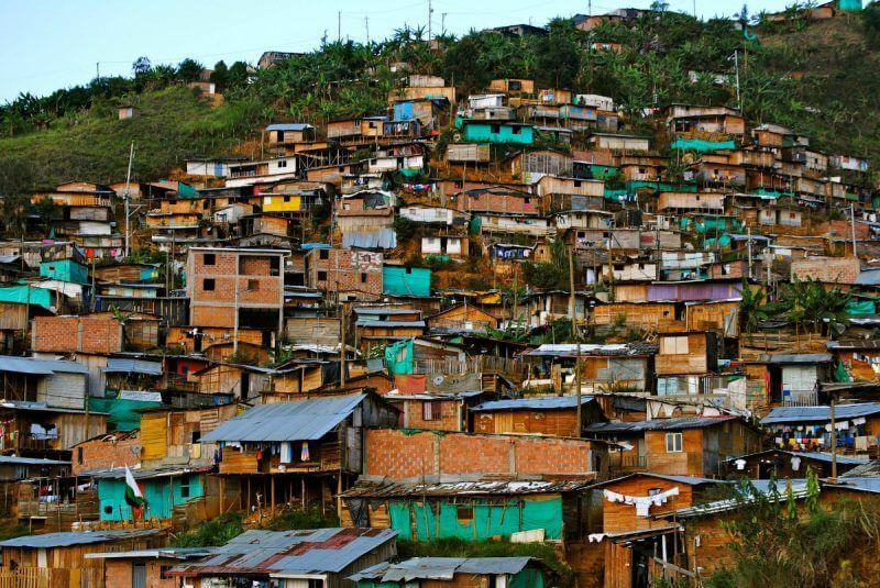 ¿Qué tienen que ver los barrios informales de las grandes ciudades con la paz?