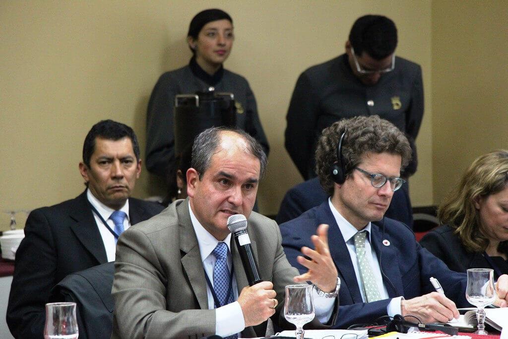 ¿Por qué renunció el general (r) Rafael Colón a la oficina a cargo del desminado humanitario?