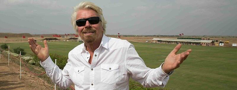 Richard Branson, un exguerrillero y un abrazo en Corferias
