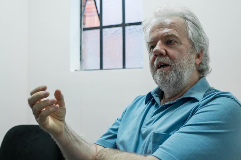 """""""En el tema de cocaína, Colombia no puede hacer la gran revolución"""": Rodrigo Uprimny"""