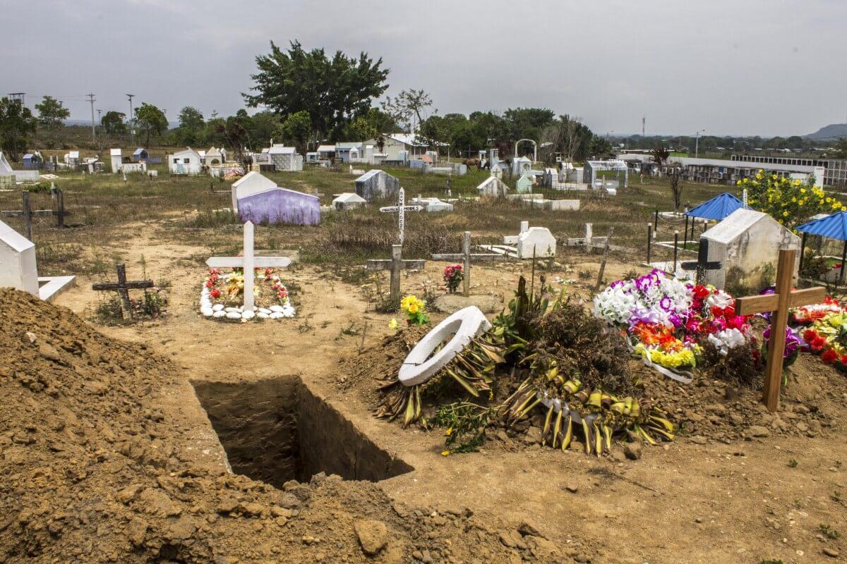 ¿Y si convertimos los cementerios en lugares de memoria?