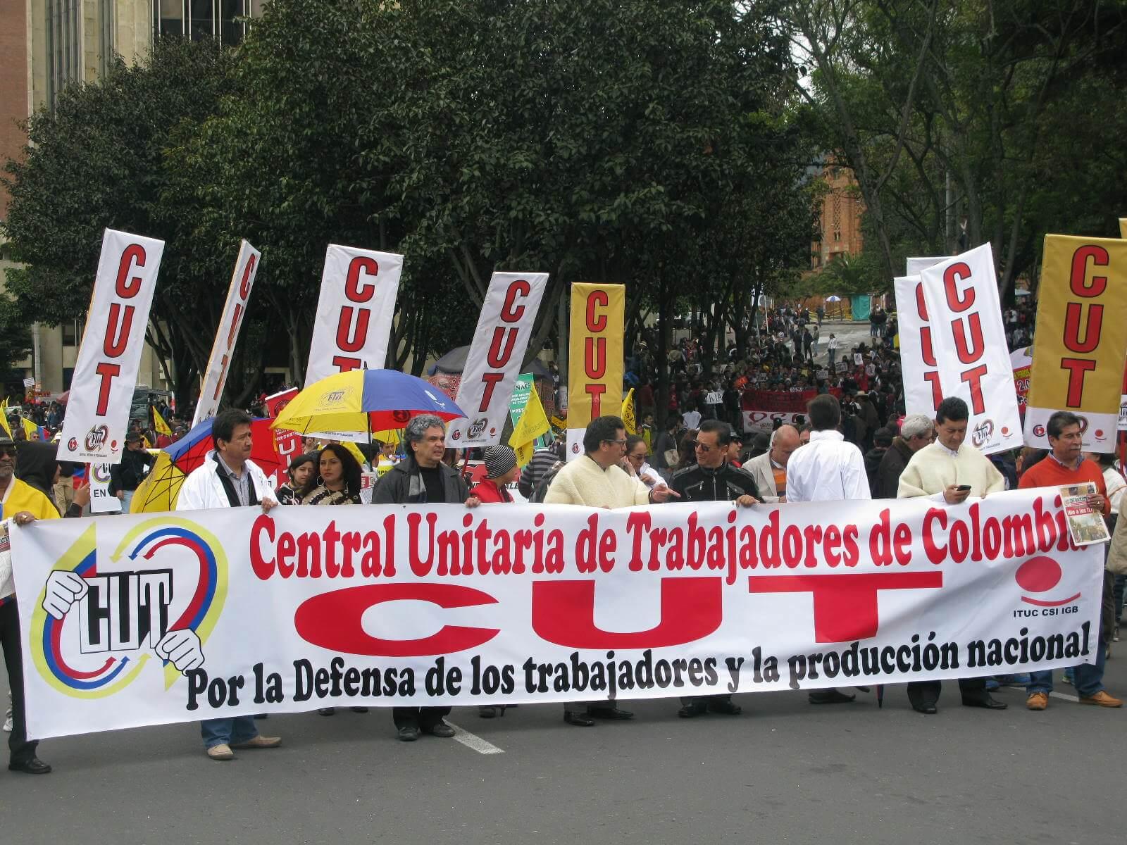 El Gobierno creó una mesa para negociar la reparación con los sindicalistas