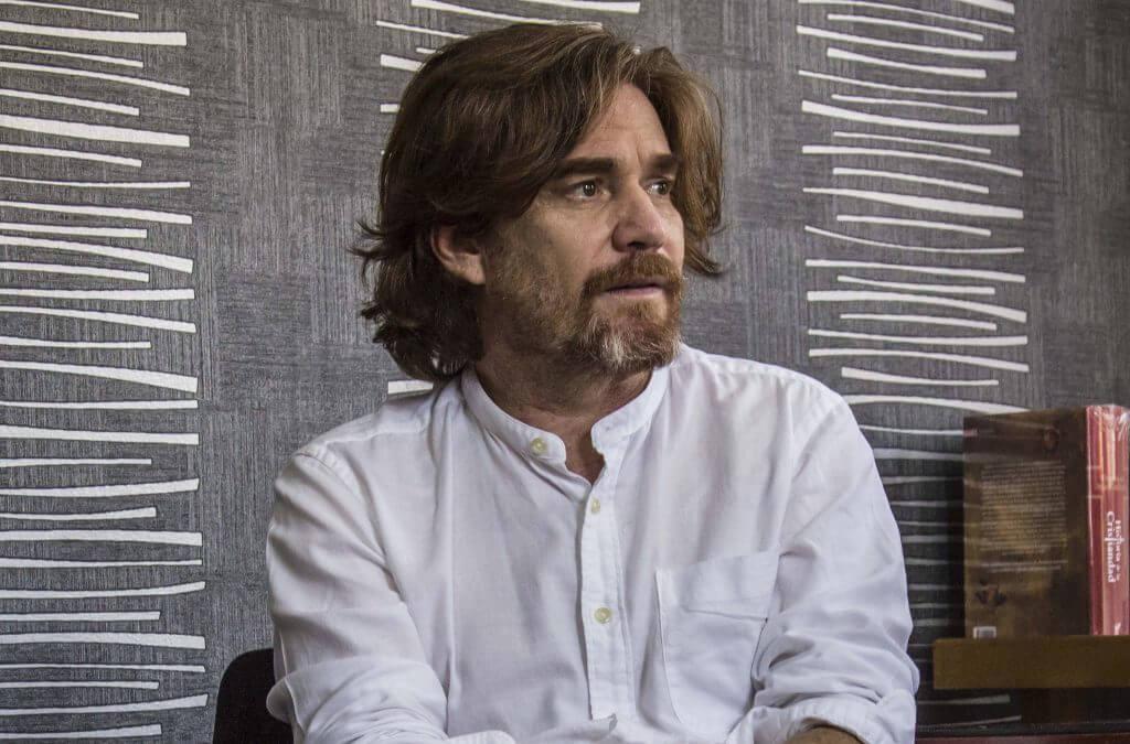 """""""A Colombia le interesa un pepino la política"""", hablamos con el director del Teatro Nacional"""