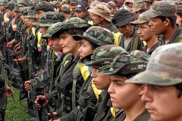 """""""Si nos matan no se puede hablar de paz"""": hablamos con cuatro excombatientes de Farc"""