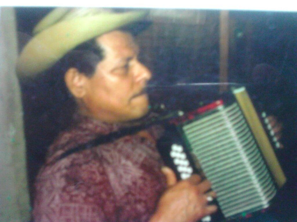 Máximo, el juglar vallenato que no le canta a las mujeres