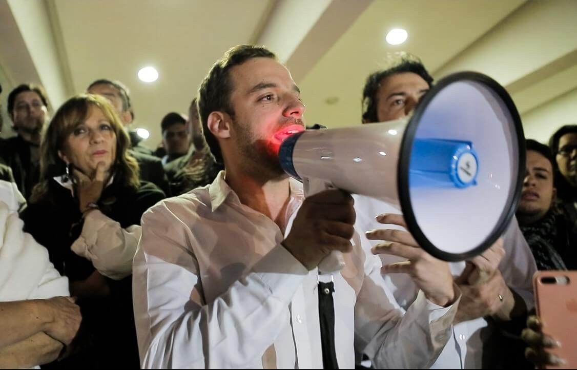 Los jóvenes liberales se mamaron de César Gaviria