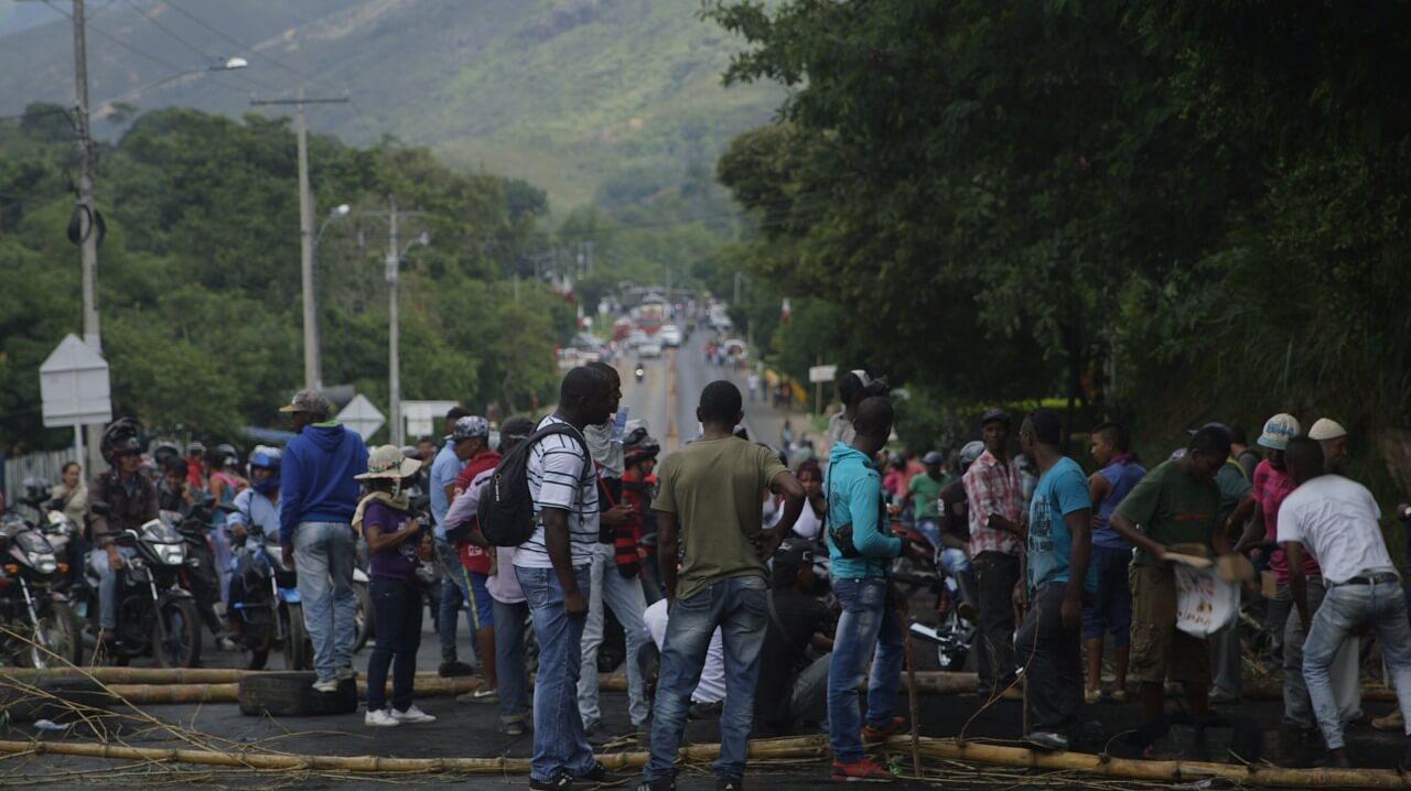 El Esmad ahogó en gas las negociaciones con las comunidades negras del Cauca