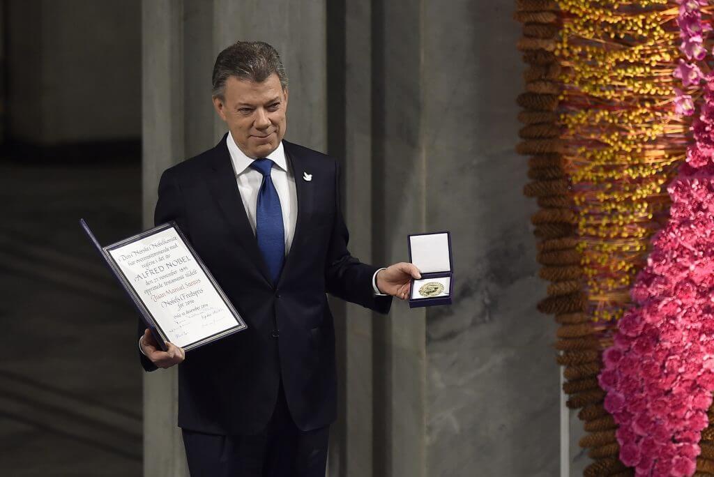 """""""Es más difícil hacer la paz que hacer la guerra"""", el discurso completo del presidente Santos al aceptar el Nobel"""