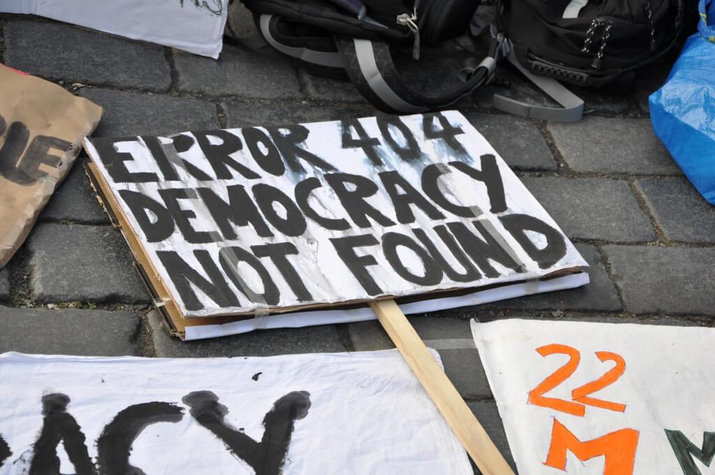 Internet está poniendo en peligro la democracia, y solo internet puede salvarla