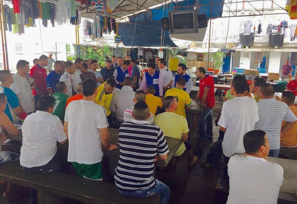 Los exguerrilleros presos le hablan a La Habana