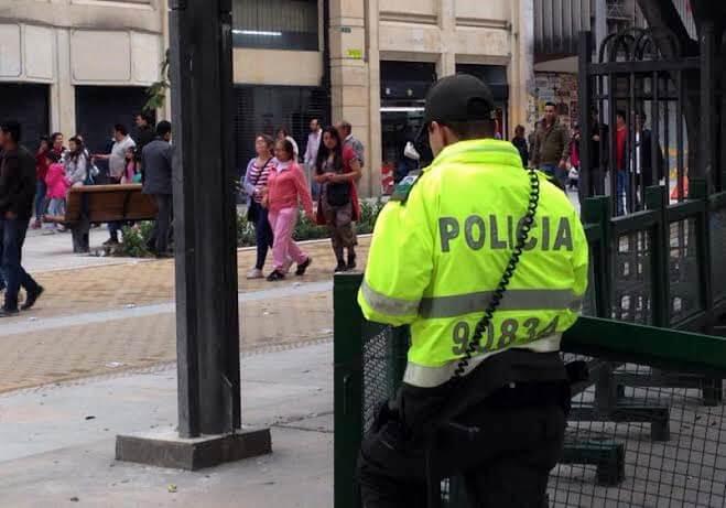 """""""Señores policías, el exhibicionismo no es un delito"""", población LGBTI"""