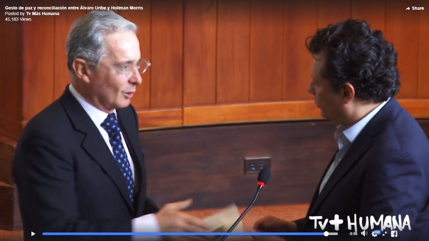 El gesto de paz de Álvaro Uribe y Hollman Morris