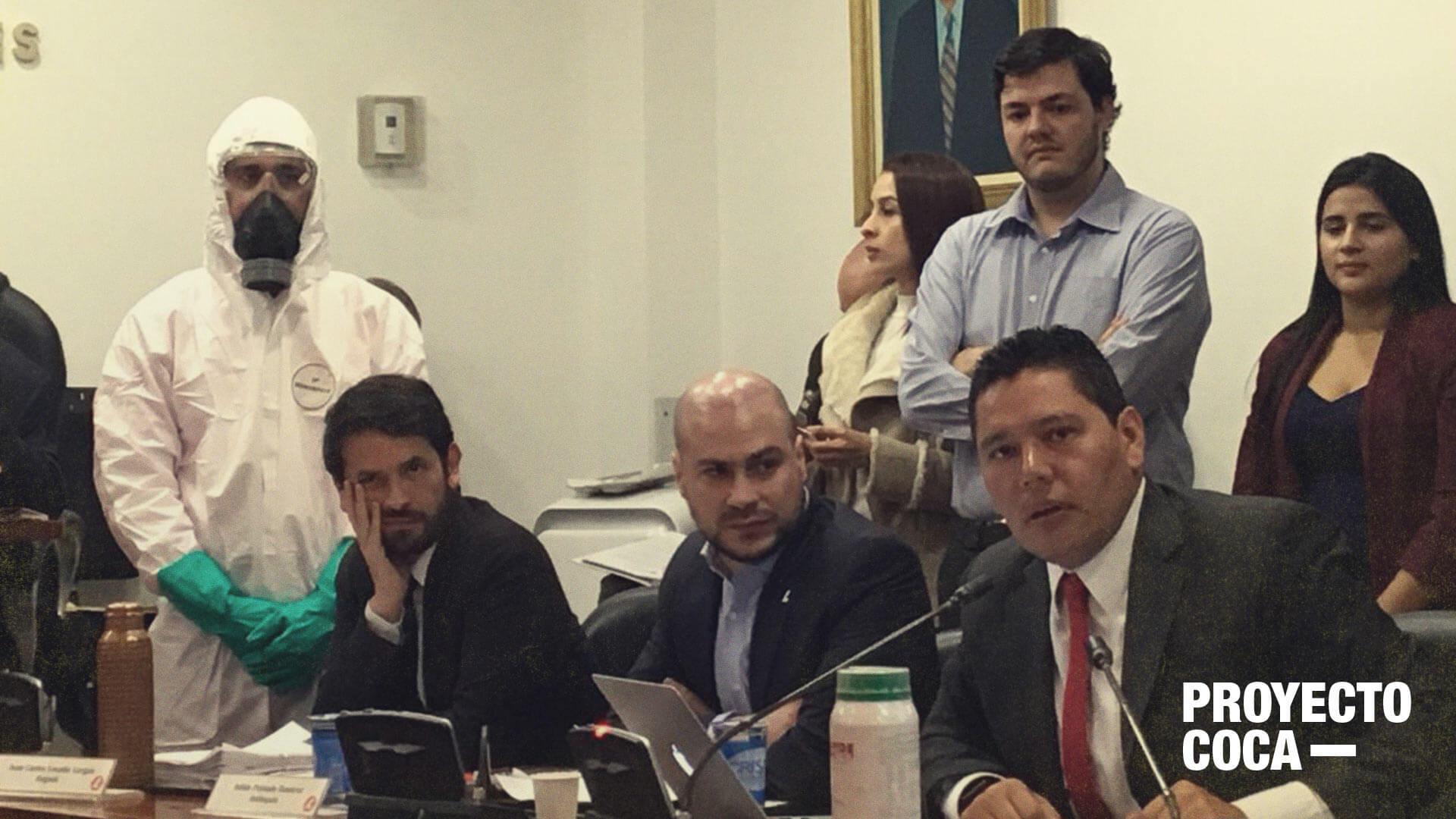 Las 7 preguntas sobre coca con las que Harry González corchó al Gobierno