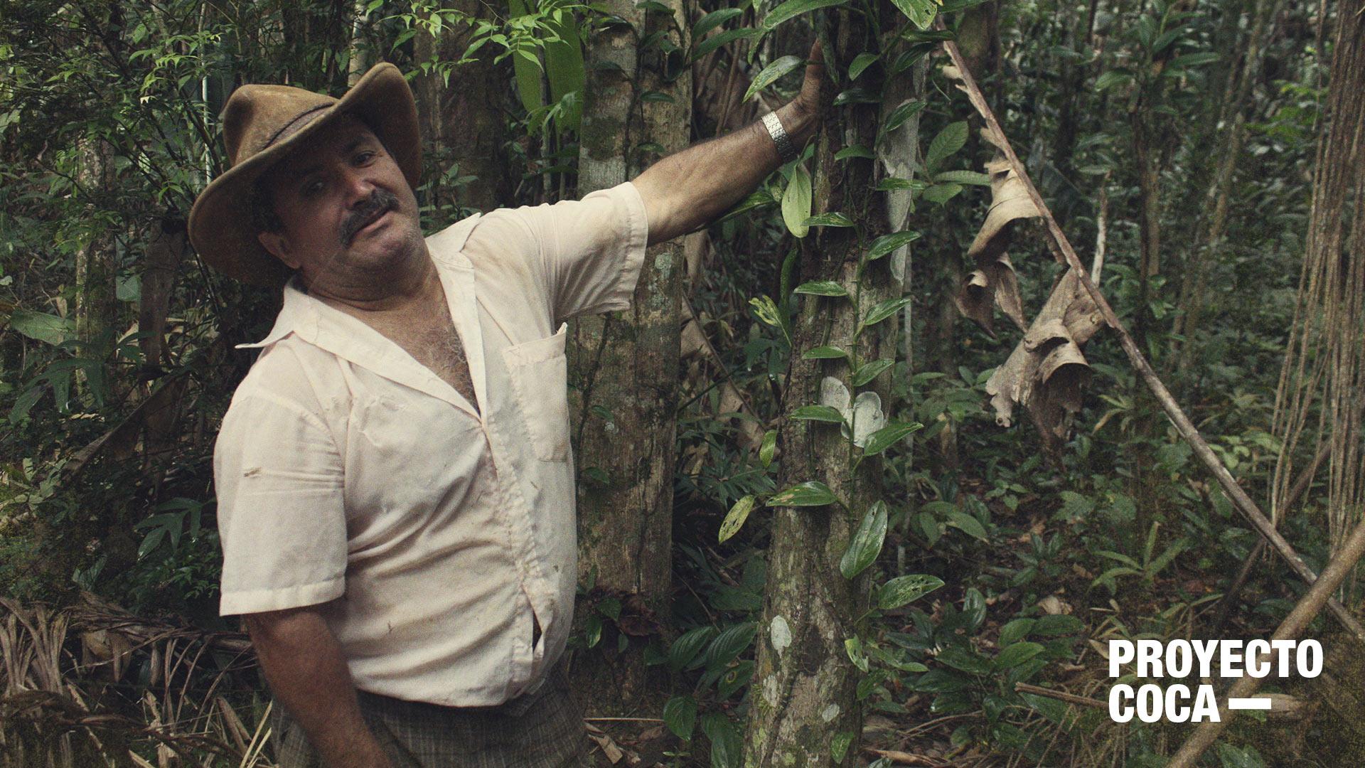 Los excocaleros que hoy viven del bosque que antes tumbaban