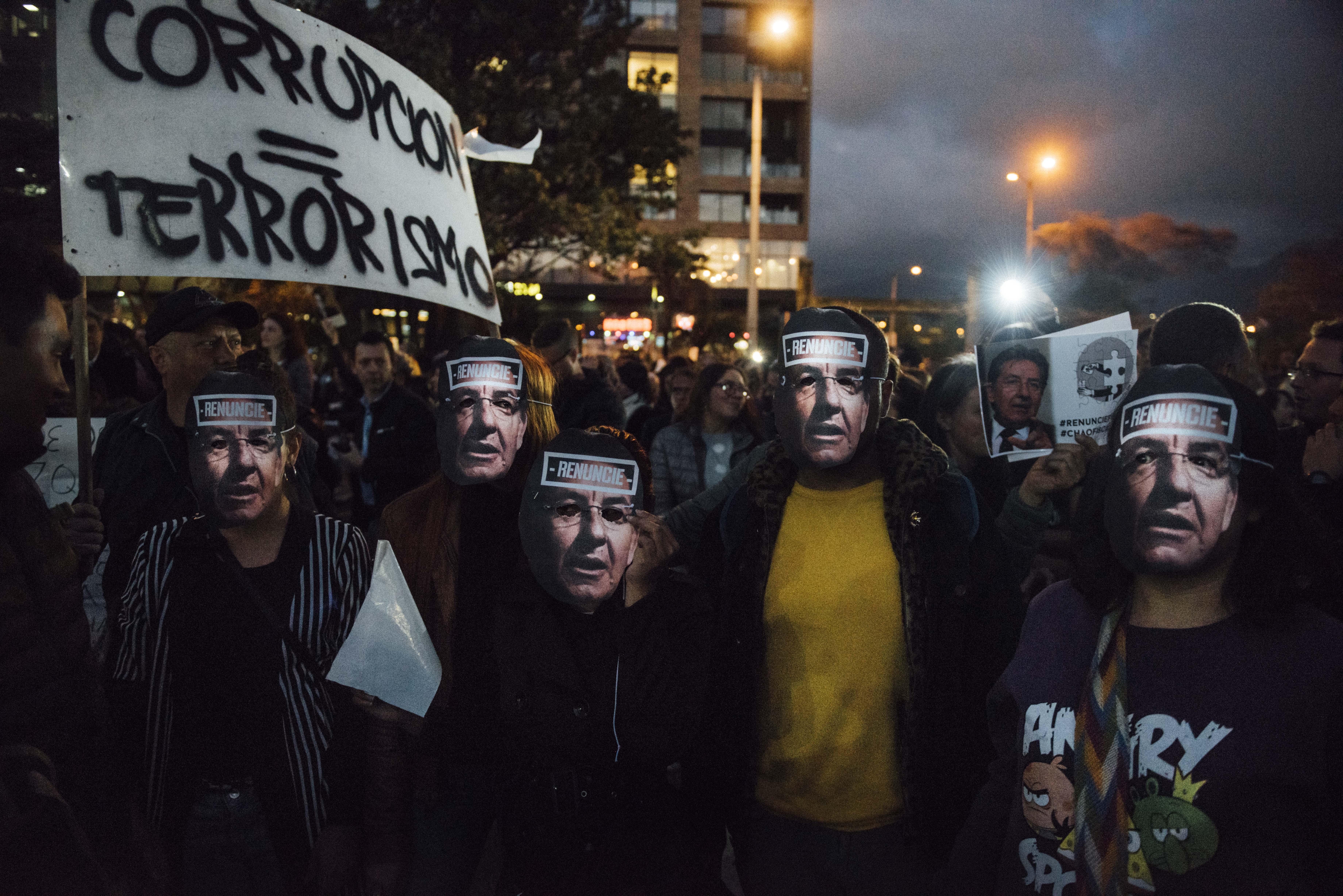 Galería de la furia: así fue la marcha contra el fiscal