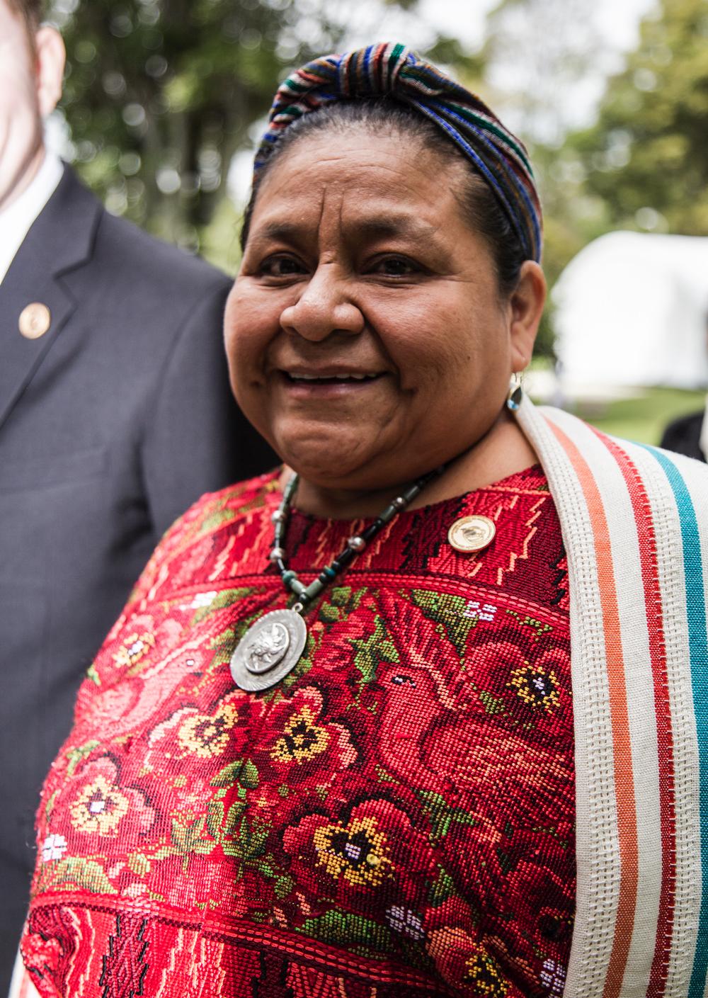 7 ingredientes de Rigoberta Menchú para preparar la paz