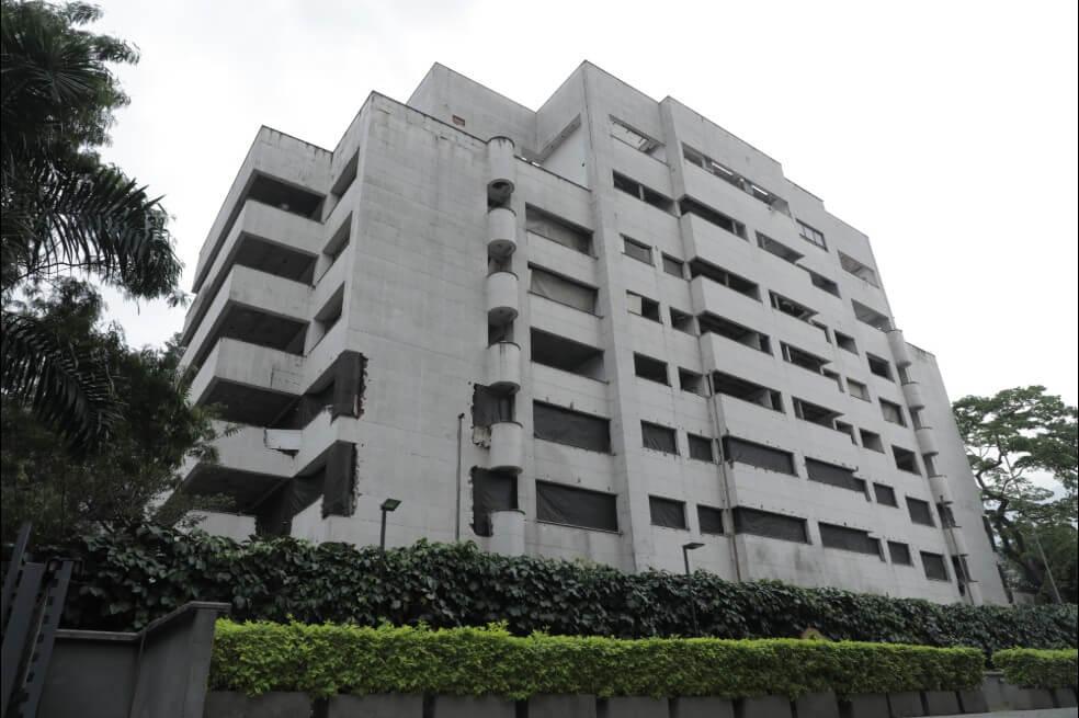 Cayó el edificio Mónaco, un símbolo del narcotráfico en Medellín